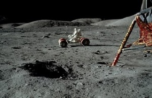 Man on moon Picture 12